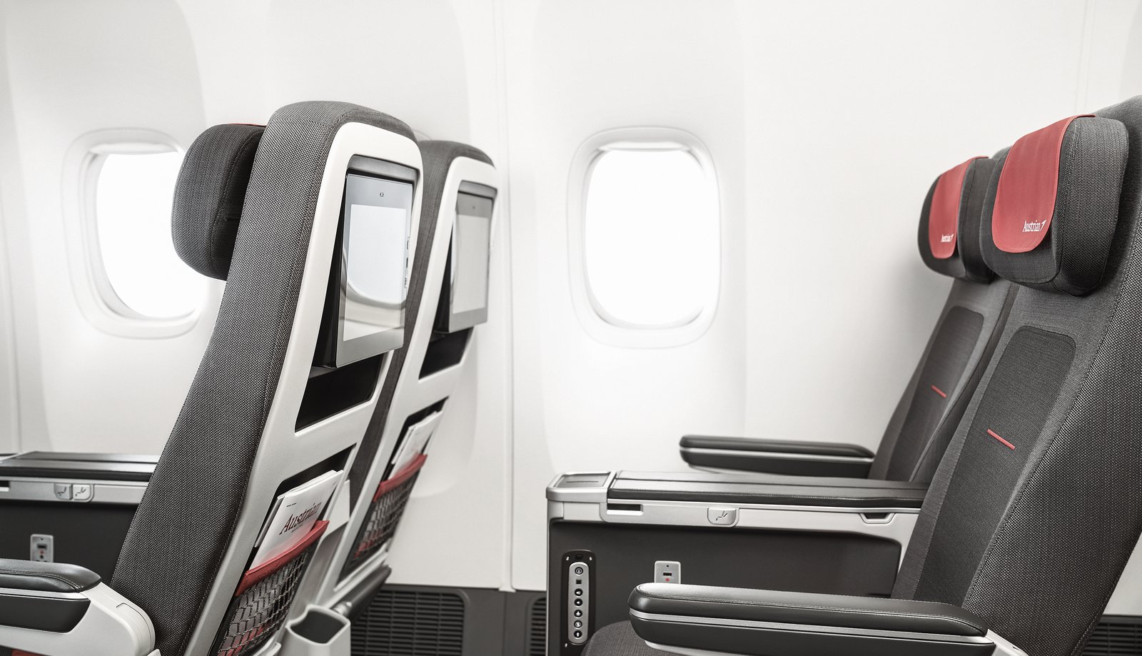 10 Myths & Facts about Flying | Austrian Blog